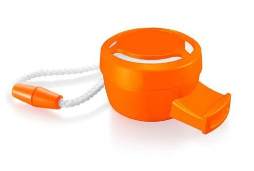 Oranje fluitjes met koord