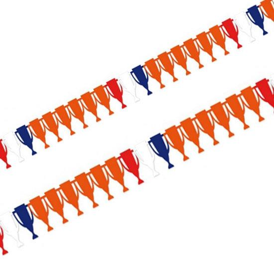 Papieren slinger voetbal cups 6 meter