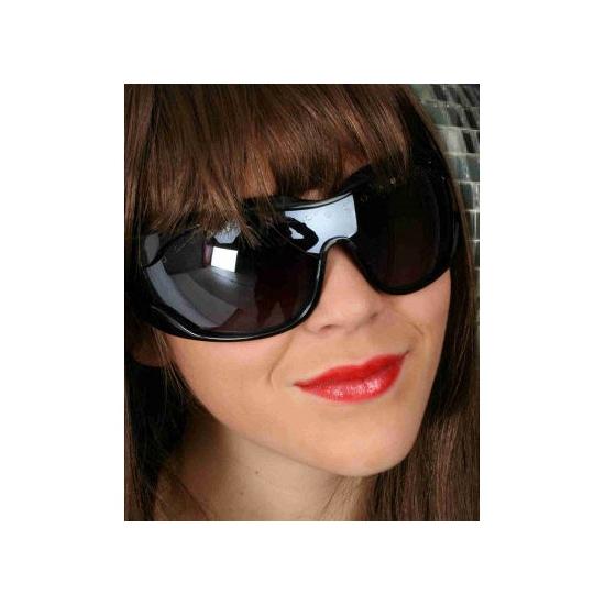 Zwarte zonnebril groot montuur